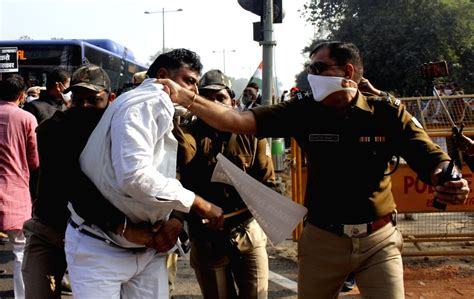 Bharat Bandh: Life remains normal as UP police detain ...