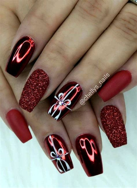 15 christmas nail colors that'll get you psyched for the holidays. Short Nails Stiletto in 2020 | Winter nail art, Winter nails acrylic, Nail colors winter