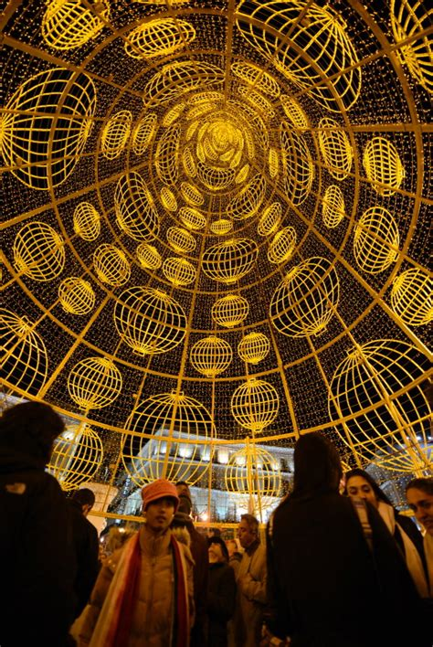 christmas decorations in spain madrid spain photos decorations around the world ny daily news