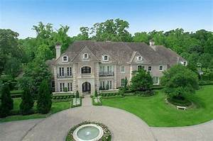 Adrian Peterson's Luxurious Houston Home is up for Sale