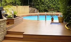 amenagement autour de la piscine nos conseils deco ooreka With amenagement autour de la piscine 2 installation dune douche dexterieur