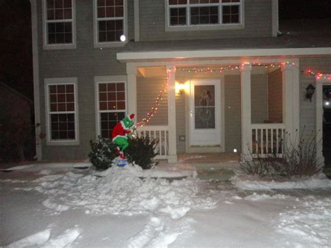 how the grinch stole christmas outside decor holiday
