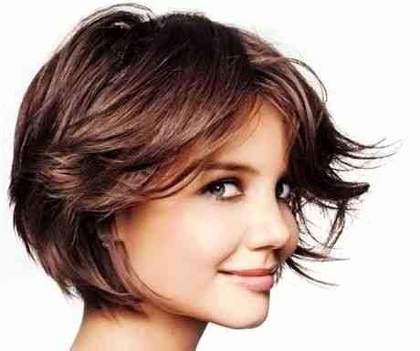 coupe de cheveux courte moderne