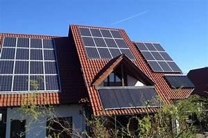Stromspeicher Für Solaranlagen : stromspeicher batteriespeicher f r solaranlage intech ~ Kayakingforconservation.com Haus und Dekorationen