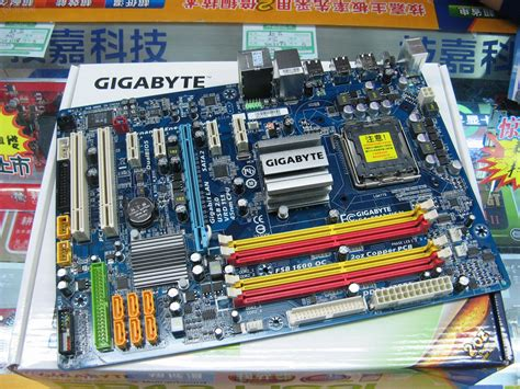 Gigabyte EP43-US3L lan 1Gbit, DDR2