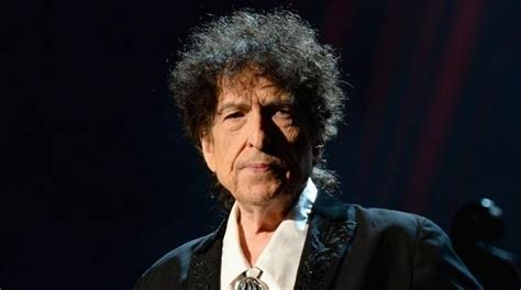 Bob dylan (born robert allen zimmerman; Bob Dylan is still alive: MSNBC issues apology after false reporting