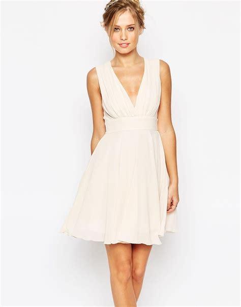 robe de mariée patineuse image 1 tfnc robe patineuse 224 d 233 collet 233 plongeant