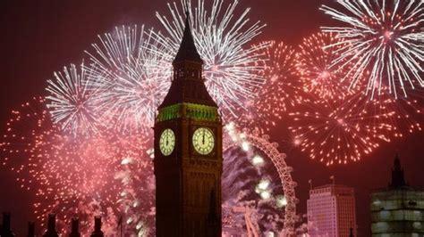 london  years eve fireworks big ben uk parliament