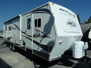 Used 2011 Northwood Manufacturing Arctic Fox 30u Silver
