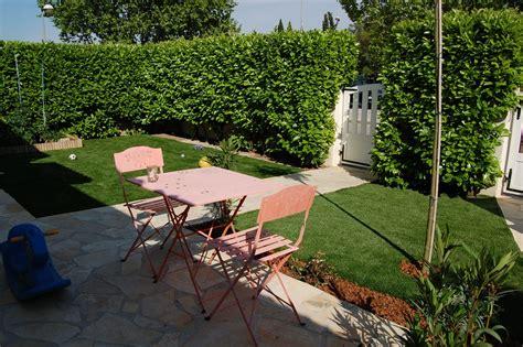 Aménagement Allée De Jardin 2134 by Cuisine Gazon Synth 195 169 Tique Pour Le Jardin Id 195 169 E Gazon