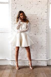 robe de mariã e civile robe de mariée courte meryl suissa