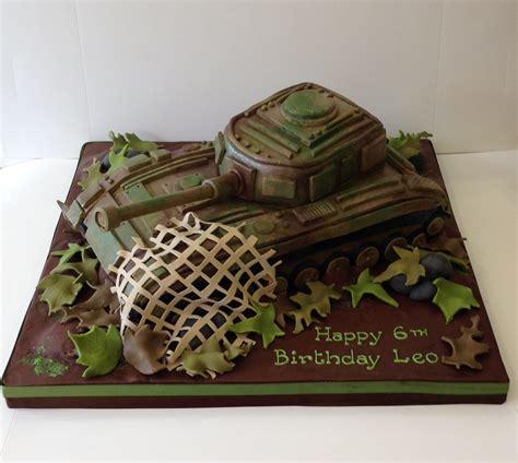 transport birthday cakes cakes  robin