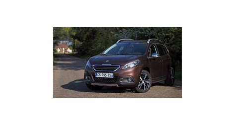 Peugeot Air Hybrid by Peugeot 2008 Hybrid Air Lancement En 2016