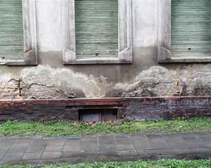 Feuchtigkeit In Der Wand Was Tun : fehlende abdichtung als ursache f r feuchtigkeitssch den am haus energie fachberater ~ Sanjose-hotels-ca.com Haus und Dekorationen