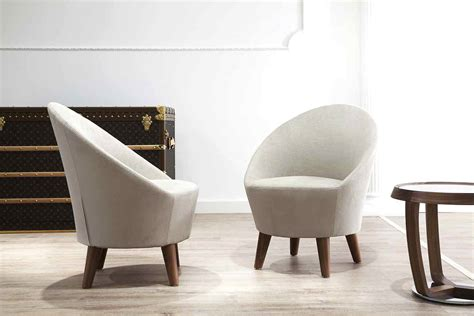 high end and luxury lounge chair italian designer