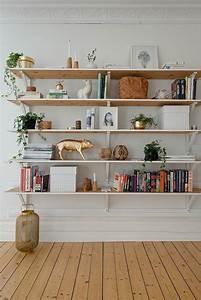 Etagere Murale Salon : l tag re biblioth que comment choisir le bon design salons shelves and deco salon ~ Teatrodelosmanantiales.com Idées de Décoration