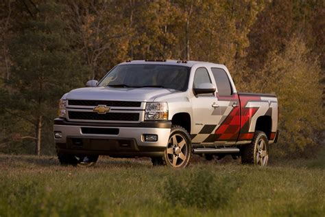 Chevy Hd Trucks by 2011 Chevrolet Silverado 2500 Hd Z71 News And Information