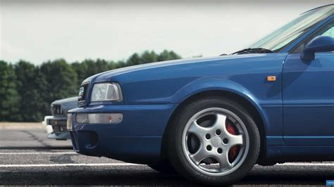 Bmw M3 E30 Audi Rs2 by Audi Rs2 Vs Bmw E30 M3 Drag Race Motor1 Photos