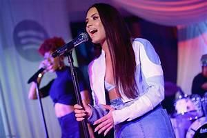 Demi Lovato Reveals Christina Aguilera Album Inspiration