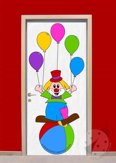 idea  decorare la porta dellaula  carnevale