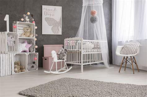 ajuster la decoration de la chambre de bebe pour