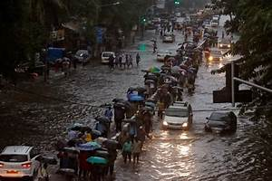 Mumbai Rains LIVE: Death toll rises to 10, Shiv Sena, BJP ...