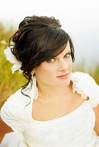 Bridal Hairstyles With Bangs For Long Hiar WitVeil Half Up