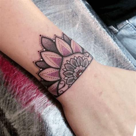 am handgelenk subtil und dezent 187 tattoosideen