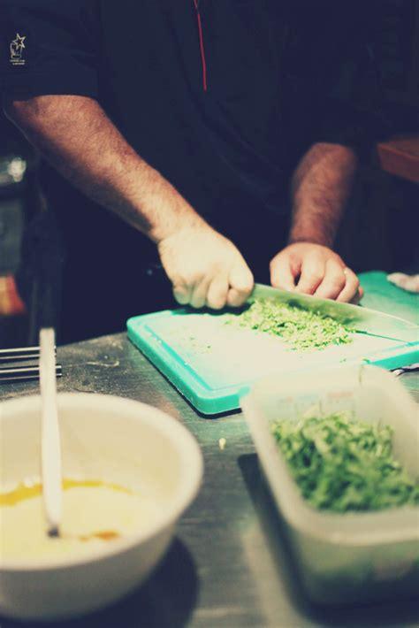 emploi commis de cuisine bruxelles le forem horizons emploi