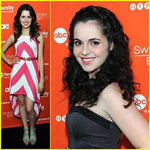 The gallery for --> Carly Rose Sonenclar And Laura Marano ...