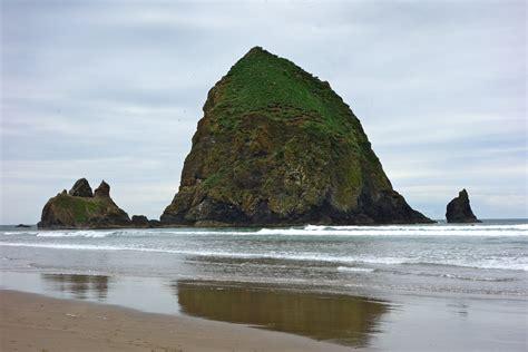 multnomah falls cannon beach oregon wanderlust in the
