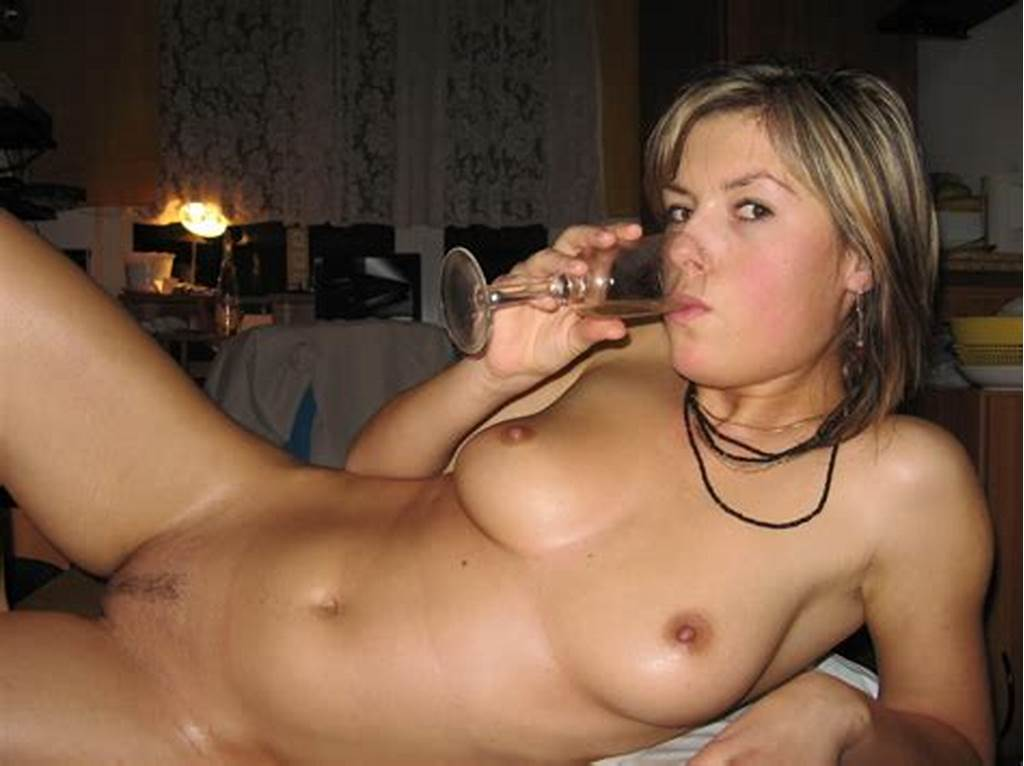 #Super #Hot #Girlfriend #Oiled #And #Horny #In #Pictures