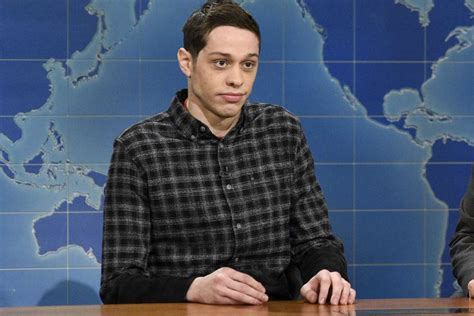 Unwilling sufferer of fools and lover of logic. Pete Davidson Spotted Out In Public For The First Time Since Ariana Grande Heartbreak ...