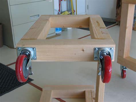 wooden work bench  wheels  woodworking