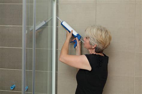d 233 co comment changer un joint d etancheite en silicone de baignoire lavabo dans la