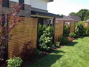 Design sichtschutz halbdurchlassig aus metall holz for Garten planen mit wind und sichtschutz balkon