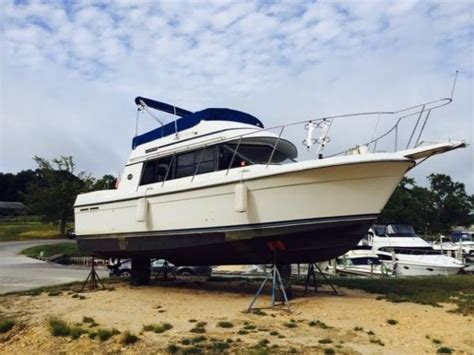 Carver Boats For Sale Nz by Used Carver 28 Mariner Boats For Sale Boats