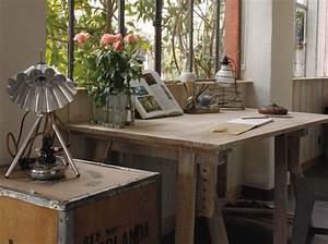 Bureau Sur Tréteaux : na zakr cie marze od renowacji drzwi do designerskiego biurka ~ Teatrodelosmanantiales.com Idées de Décoration
