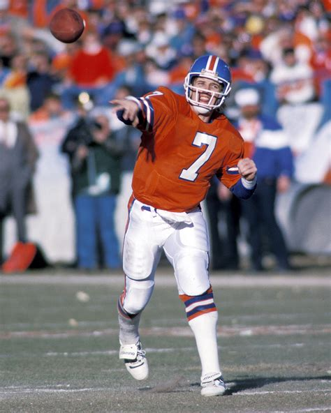 The Top 15 Quarterbacks Of All Time