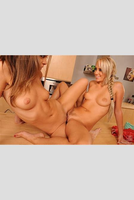 0043.jpg in gallery lesbian pussy grinding - tribadism (Picture 43) uploaded by denif on ...