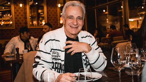 """«ο μινωτής ήταν μέγα καλλιτέχνης αλλά πολύ μικρός άνθρωπος». Αλέξανδρος Αντωνόπουλος: """"Με τα λεφτά που πήρα από την τηλεόραση έφτιαξα σπίτι"""" - Znews"""