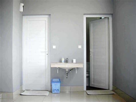 32+ Model Pintu Kamar Mandi Minimalis (aluminium, Pvc