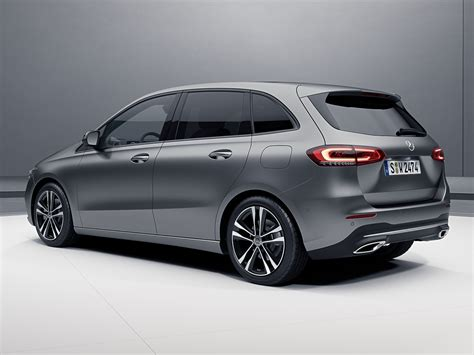 Exclusive reports and current films: 2019 Mercedes-Benz B 200 Progressive Line & GLA 200 Style launched - From RM223,888 - News and ...