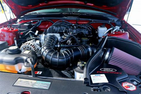 engine bay   mustang  premium pony package