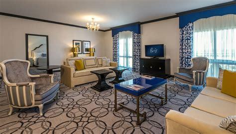 living room suites ooh la la las vegas hotel rooms get a snazzy