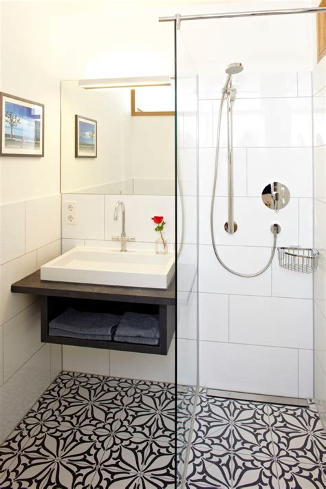 Floor Tile Ideas For Small Bathrooms by Unique Bathroom Floor Tile Ideas To Install For A More