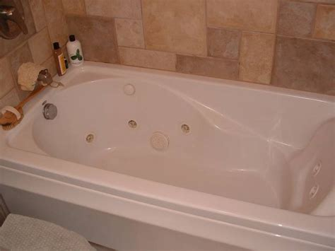 Whirlpool In Bathroom by 7 Best Tubs For Master Bathroom Images On