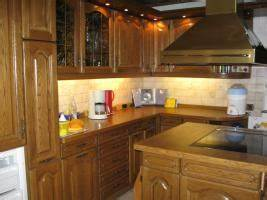 Arbeitsfläche Küche Vergrößern : einbauk che u form eiche rustikal in landau eiche u form backofen dunstabzugshaube ~ Markanthonyermac.com Haus und Dekorationen