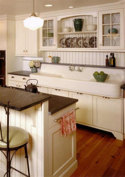 farmhouse kitchen ideas   budget   bring  charm