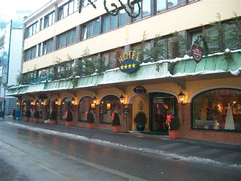 Hotel Schrofenstein In Landeck  Bild Von Hotel. Divani Palace Acropolis Hotel. Fairtex Sports Club & Hotel. Hotel Koukounaria. Mallia Residence. Hotel Cavalluccio Marino. Villa Riva Hotel. Ambassador Self Catering Apartments. Atlantica Halifax Hotel